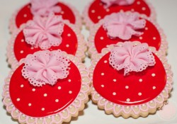Pink and Red Lace Cookies glitter academy petite party studio